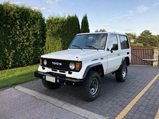 Toyota Land Cruiser  2.4