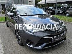 Toyota Avensis  2